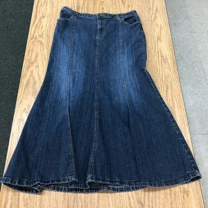 A.N.A. Jean flair maxi skirt size 14